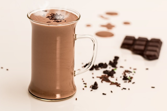 チョコのテオブロミンが動悸の原因?