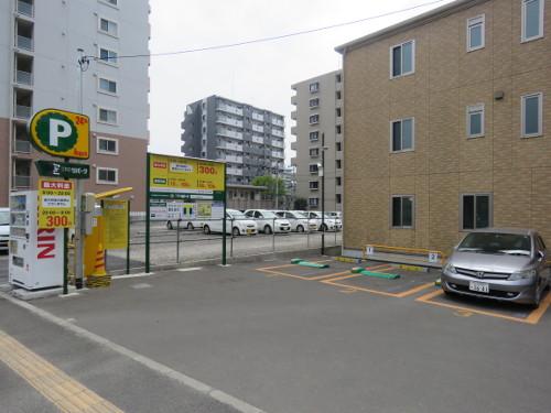 アンパンマンミュージアム仙台に近い鉄砲町中駐車場A