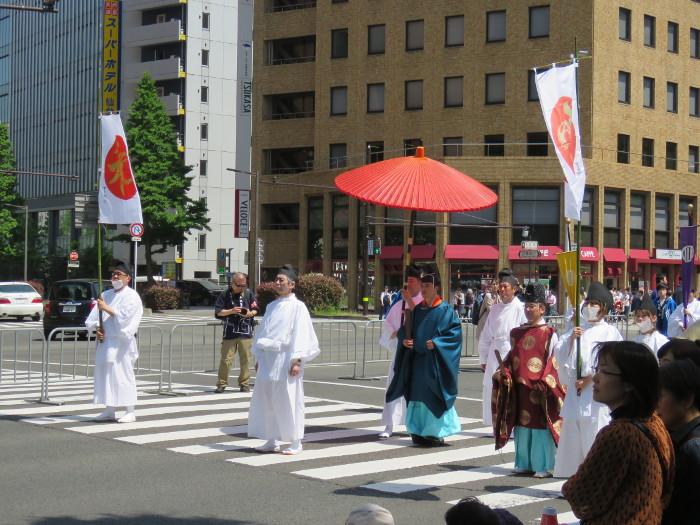 青葉神社神輿渡御05