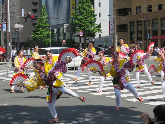 青葉まつり恵比寿山鉾前のすずめ踊り