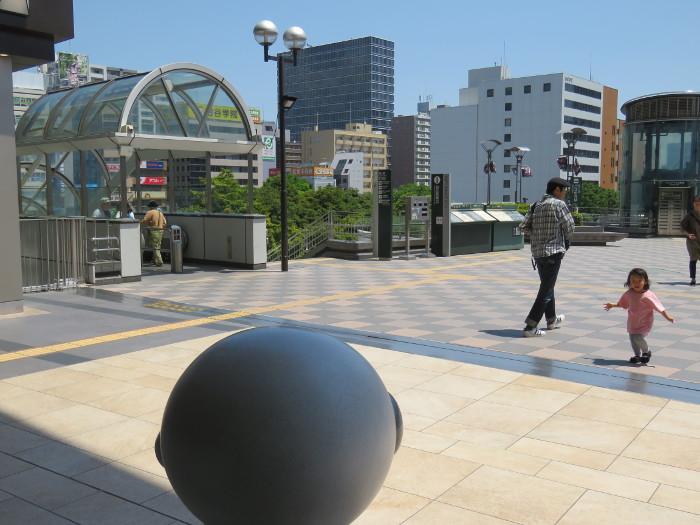 仙台駅2階からシャトルバス乗場へ4