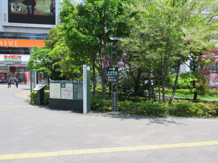 仙台駅2階からシャトルバス乗場へ7