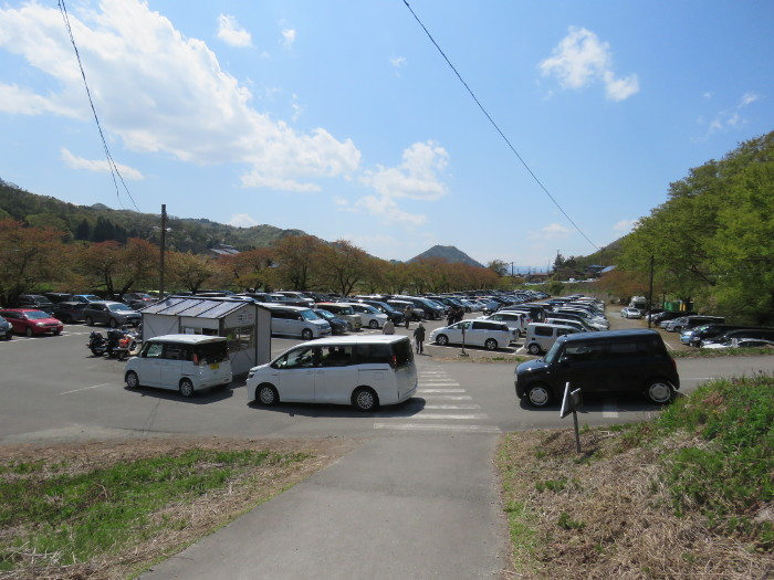 山寺駐車場