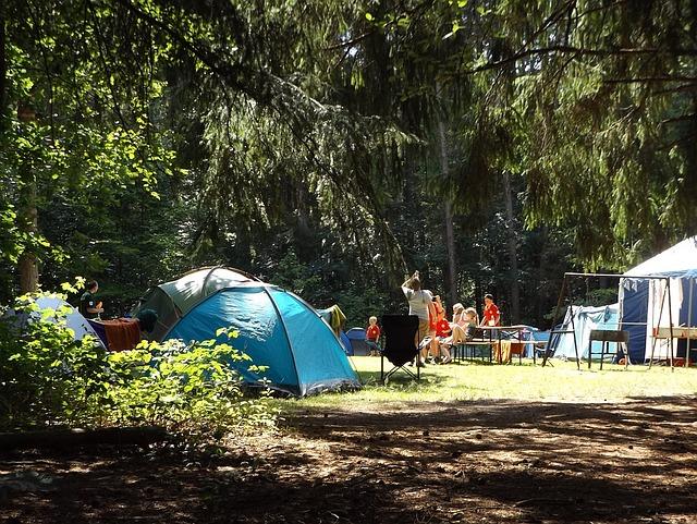 ファミリーキャンプで熱中症にならないように気を付けるべきこと