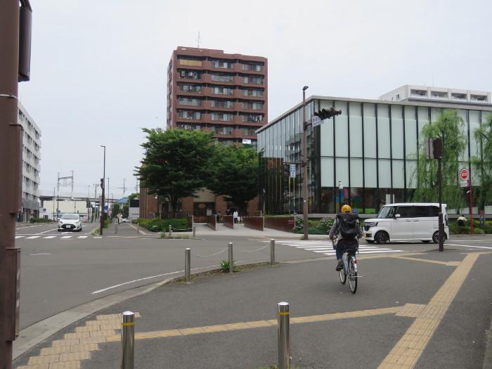 仙台駅から仙台アンパンマンミュージアムまでの道順写真16
