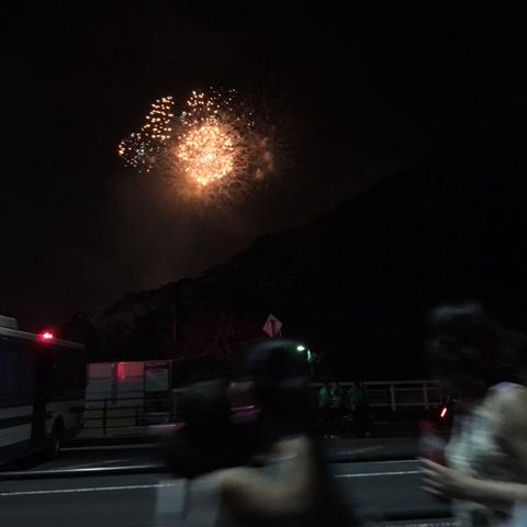 中ノ瀬橋から仙台七夕花火を眺める
