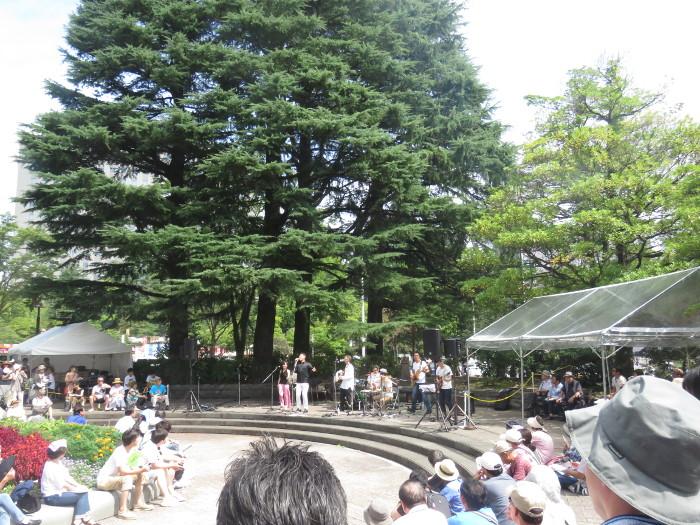 ジャズフェス 勾当台公園の円形公園