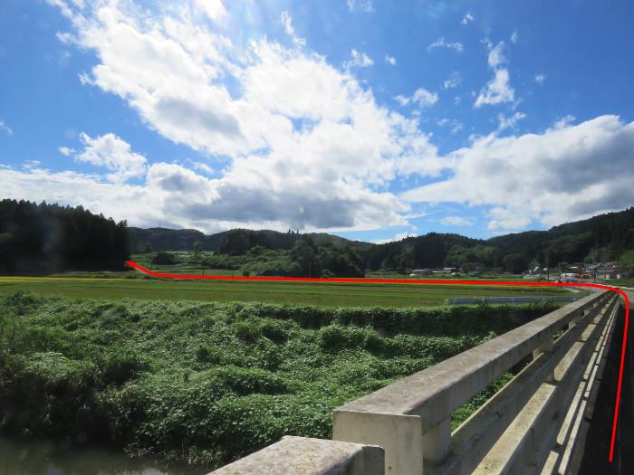 坪沼八幡神社 駐車場への道