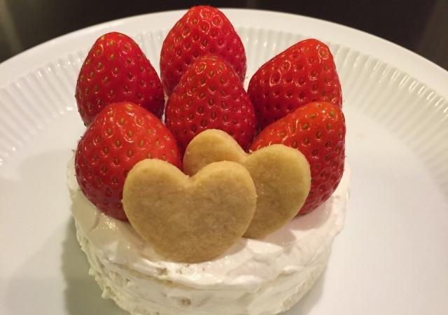 生クリームケーキはいつから食べさせられる?