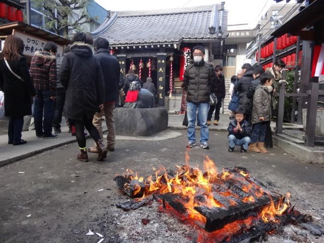 仙台初詣に柳町大日堂